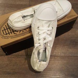 nwb converse shoreline sneakers